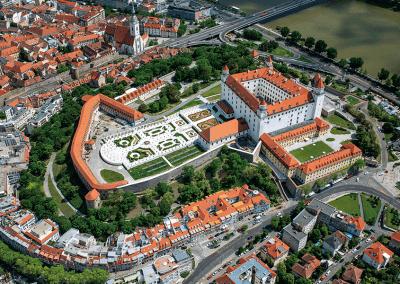 Bratislava - ukázka z knihy 101+101 leteckých pohledů na Česko a Slovensko