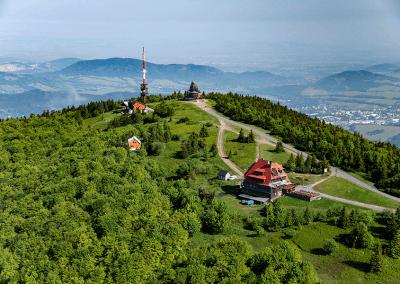 Radhošť - ukázka z knihy 101+101 leteckých pohledů na Česko a Slovensko