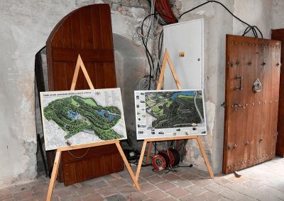 Ručně malované mapy zámeckých areálů z dílny CBS Nakladatelství