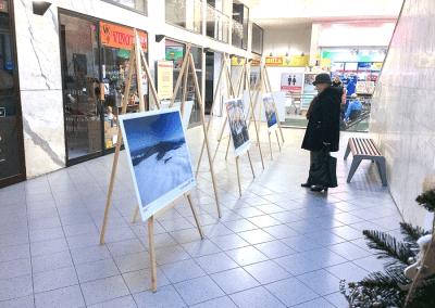 Výstava leteckých fotografií Česko z nebe v OC GRAND v Pardubicích