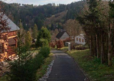 Z kopce do Bušínovského údolí