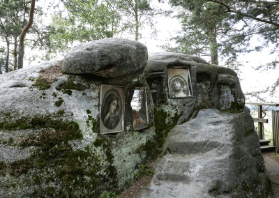 Křížová cesta na Křížový vrch