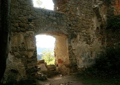 Ruina kostela Panny Marie na sv. Kopečku